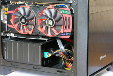 Corsair Obsidian 250D - Graphics Card